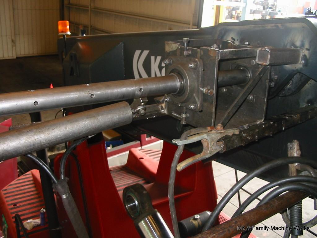 Kalmar cylinder mount